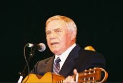 tom t hall today