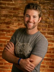 Country singer Josh Turner is shown in Nashville, Tenn., Oct. 9, 2007. At a time when much of Nashville seems to be retreading classic rock and pop, Turner has found success with sticking to traditional country music. While he's not the only country singer with a traditional sound, he's one of the few selling millions of records. (AP Photo/Mark Humphrey)