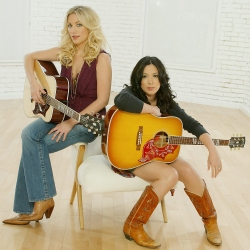 Michelle Branch, Jessica Harp, The Wreckers The Wreckers Photo Shoot JPI Studios West Hollywood 4/17/06 ©John Paschal/jpistudios.com 310-657-9661